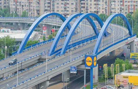 09. Archbridge over the Dambovita river, Bucharest (Romania
